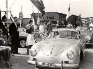 1961 13 mei Van Deventerstraat Porscheshow